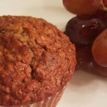 Heavenly Banana-Nut Oat Muffins Recipe