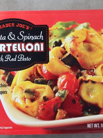 Trader Joe's Ricotta and Spinach Tortelloni with Red Pesto box