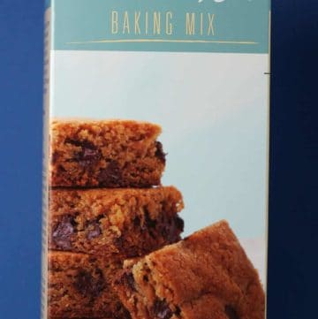 Trader Joe's Blondie Bar Baking Mix box