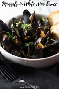 Mussels in White Wine Sauce Recipe pin for Pinterest